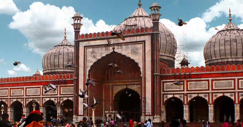 Cortile interno della Jama Masjid, la moschea più grande di Delhi